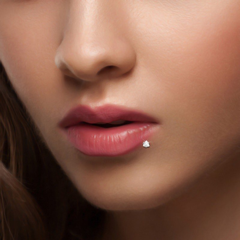 Piercing labret brillant triangle or gris